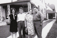 Dad-and-family-1945